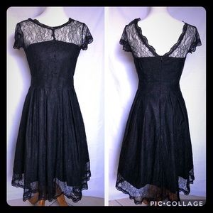 Dresses & Skirts - Retro Swing Lace Dress